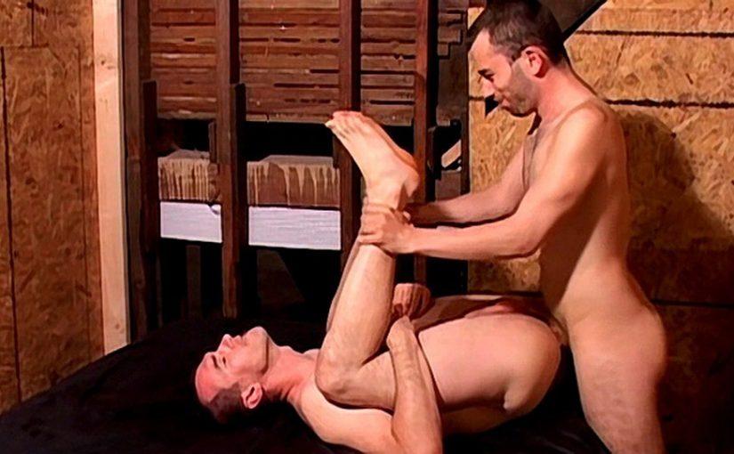 Hairy Man Ass Fucked Deep – Dietrich Fyrus & Mason Hicks